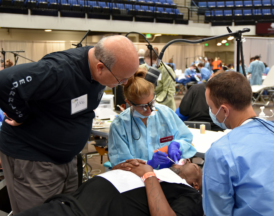 Iowa Mission Of Mercy Offers Free Dental Care In Sioux City
