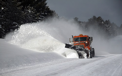 Blizzard strikes in 'snowiest' February on record at Des Moines