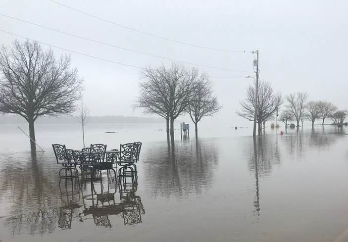 Mississippi River expected to crest in Quad Cities - Radio ...